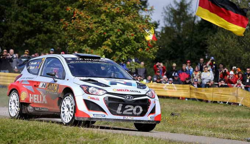 WRC news - Hyundai Shell World Rally Team takes on the tarmac at Rallye de France